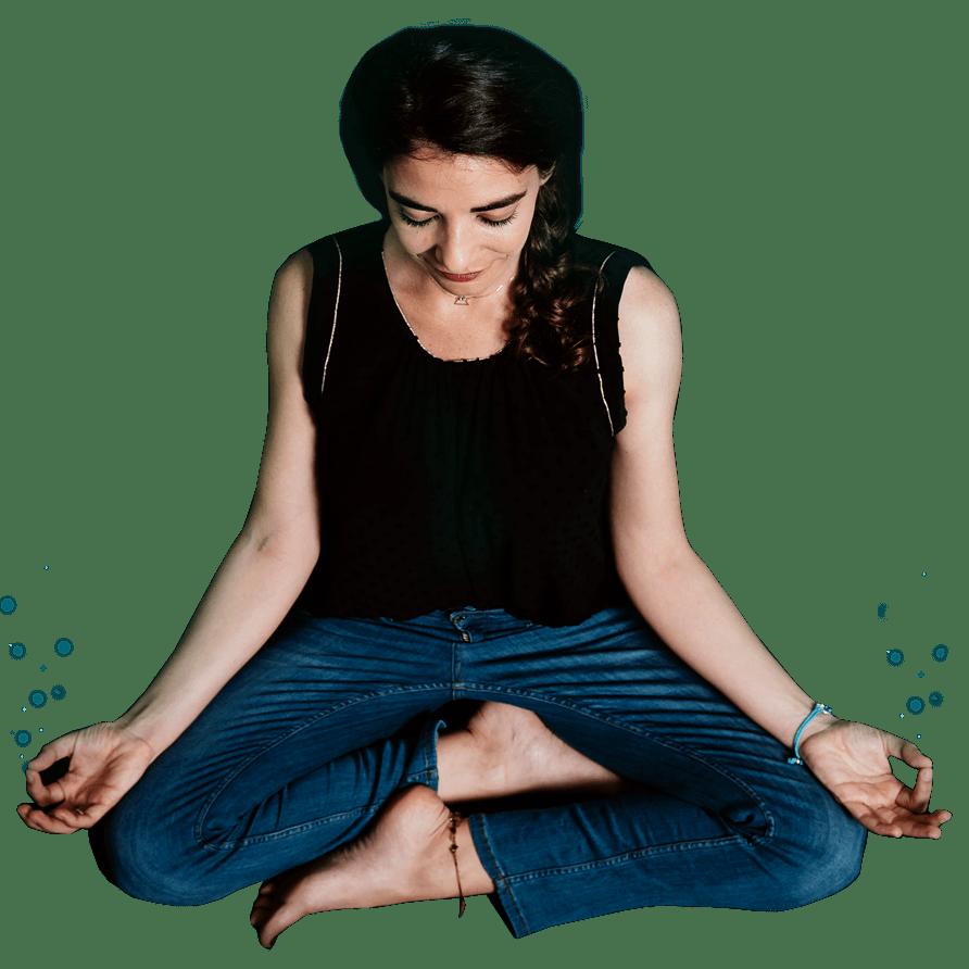 Elena meditando
